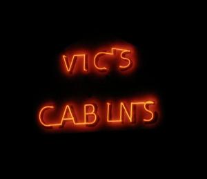 Vic's neon_2705
