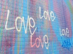 mural love wall 4451