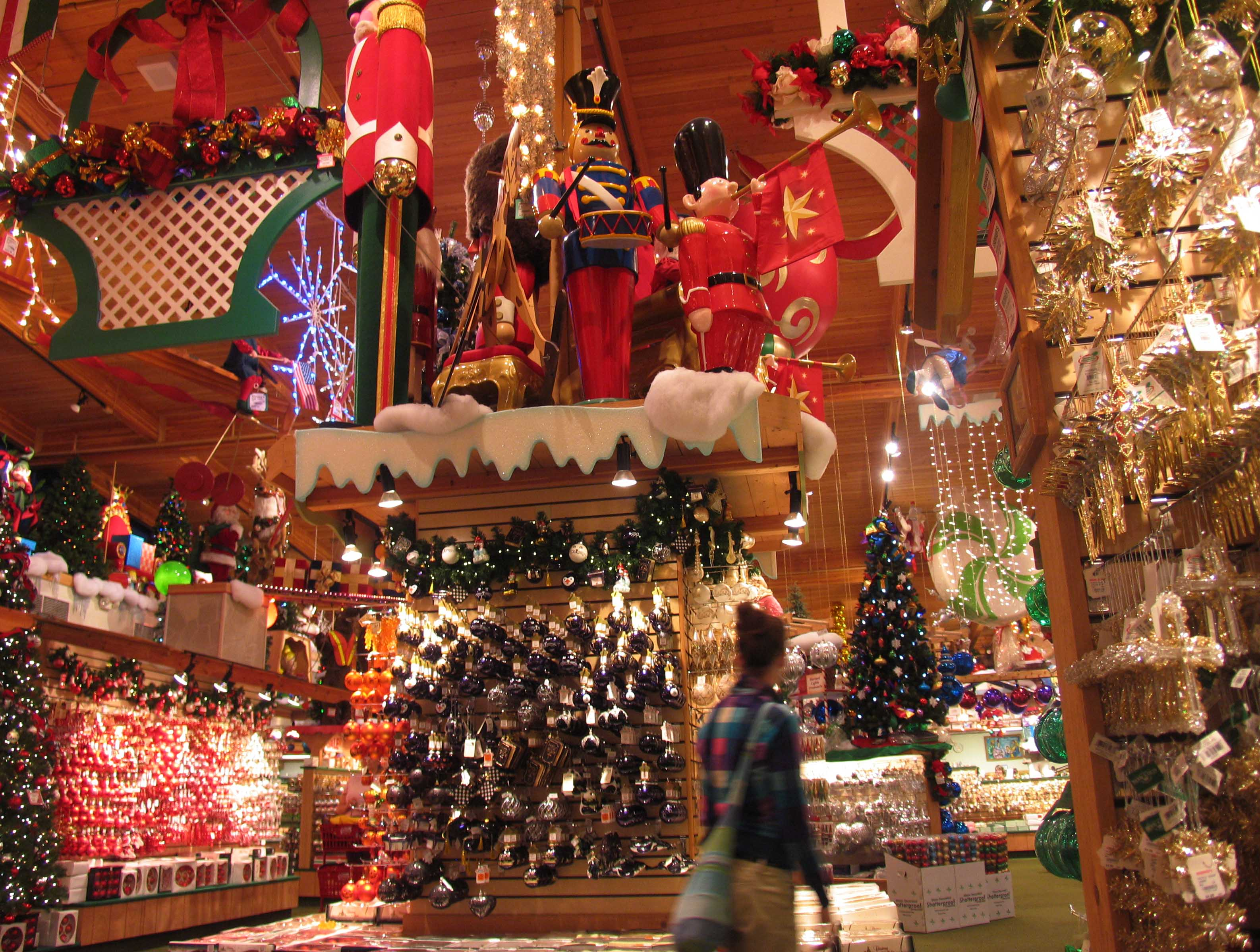 Great lakes gazette a view from michigan the great for The christmas store