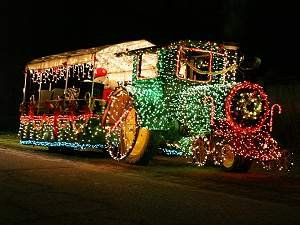 Christmas Float Ideas With Lights.Bright Ideas For Celebrating The Season Great Lakes Gazette