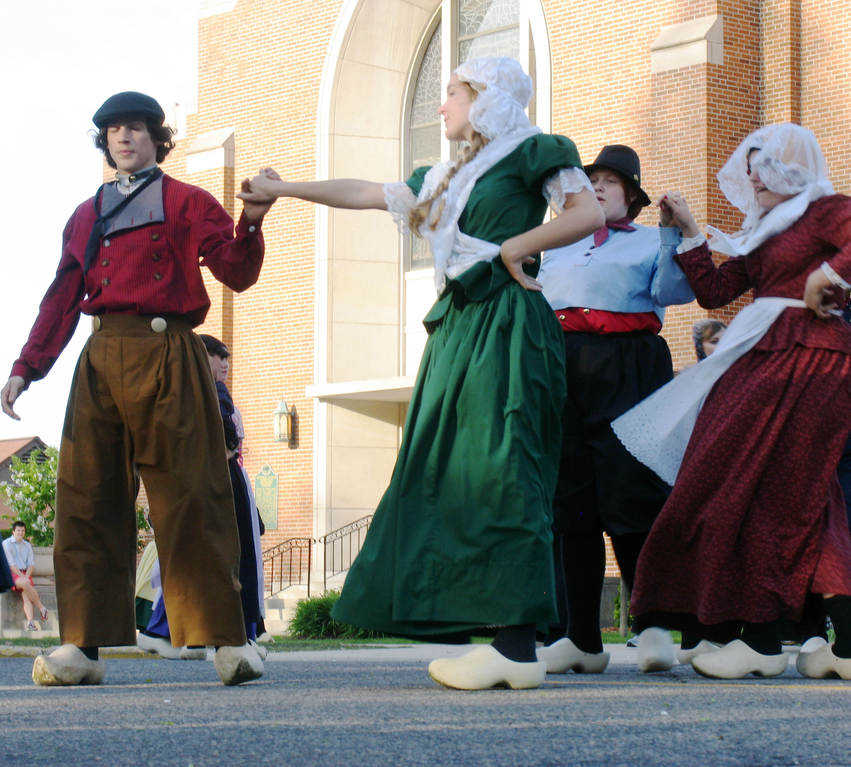 Wooden Shoe Like To See The Dutch Dancers? | Great Lakes Gazette