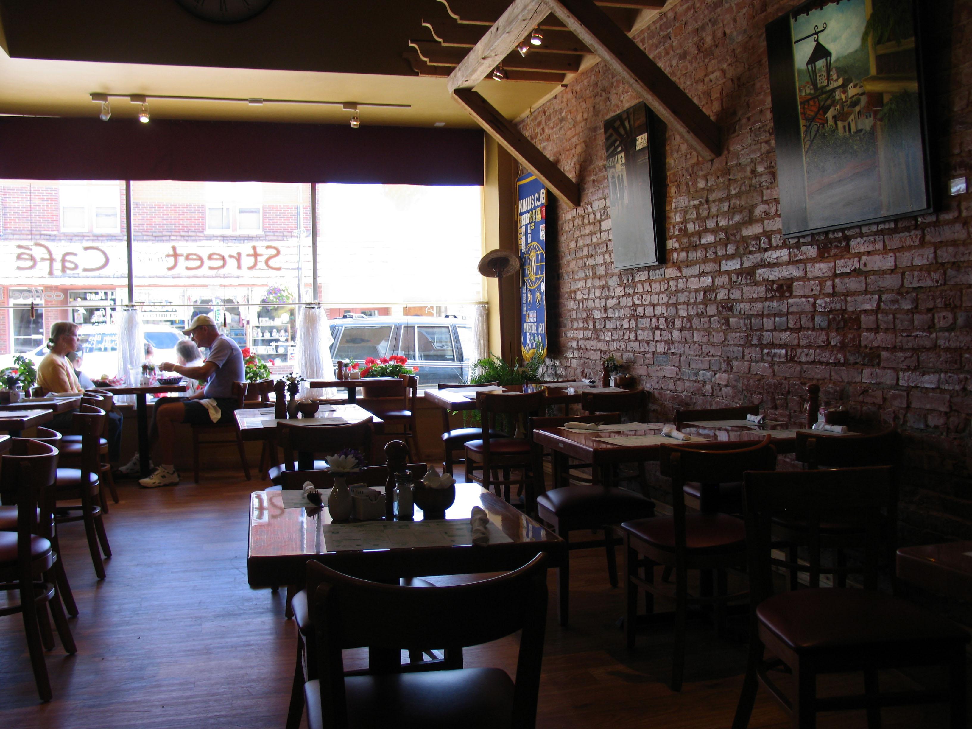 Cedar Street Cafe Manistique Michigan
