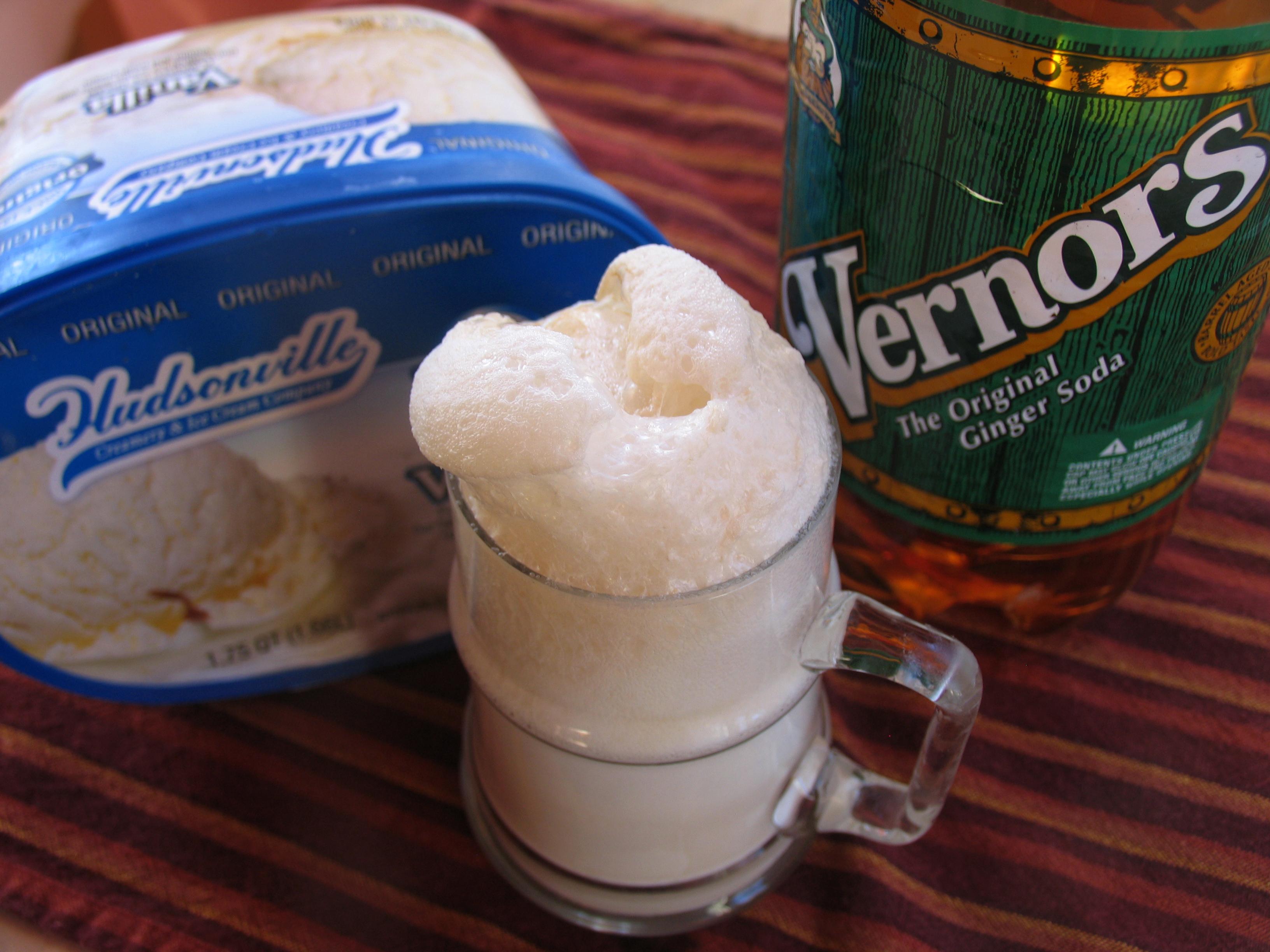 Vernors + Vanilla ice cream=Boston Cooler
