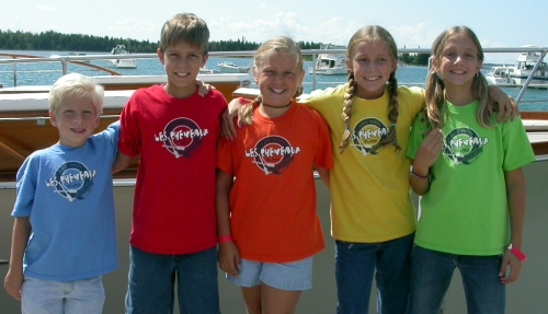 Cousins at the Hessel boat show