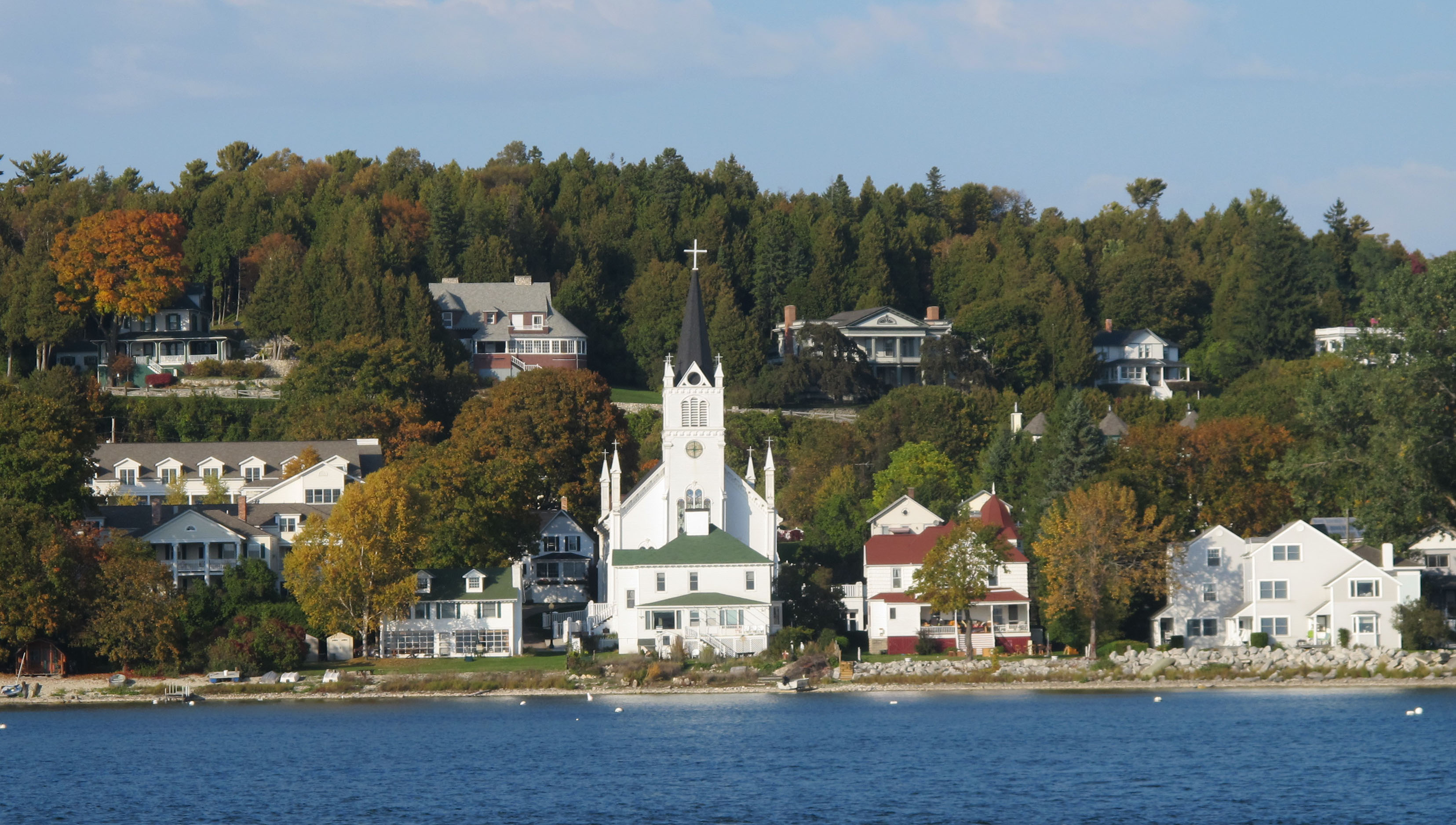 mackinac island Hotels in mackinac island: find the best mackinac island hotels and save booking with expedia view over 127 mackinac island hotel deals and read real guest reviews to help find the perfect.