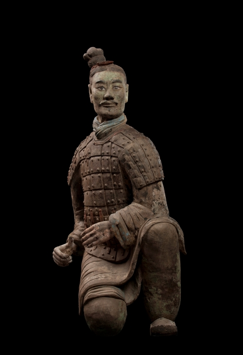Armoured Kneeling Archer, Qin dynasty (221–06 BCE), Terracotta, height 128cm, width 58cm, depth 57cm. Excavated from Pit 2, Qin Shihuang tomb complex, 1977. Terracotta Warriors and Horses Museum 005504. The images are produced with kind permission from the Qin Shihuang's Terracotta Warriors and Horses Museum, ©Photograph by Xia Juxian and Guo Yan.